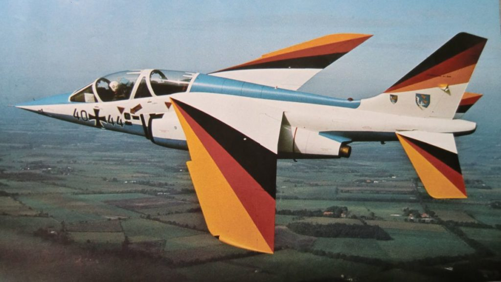A-Jet-3044-1-Fliegerhorst-Jabog-Alpha-Jet-20110201_0225